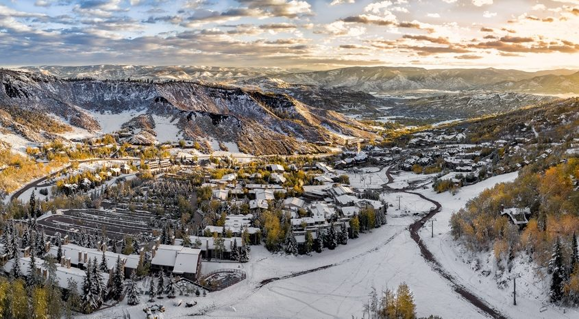 Aspen-Pitkin County Airport (ASE, KASE) Private Jet Charter